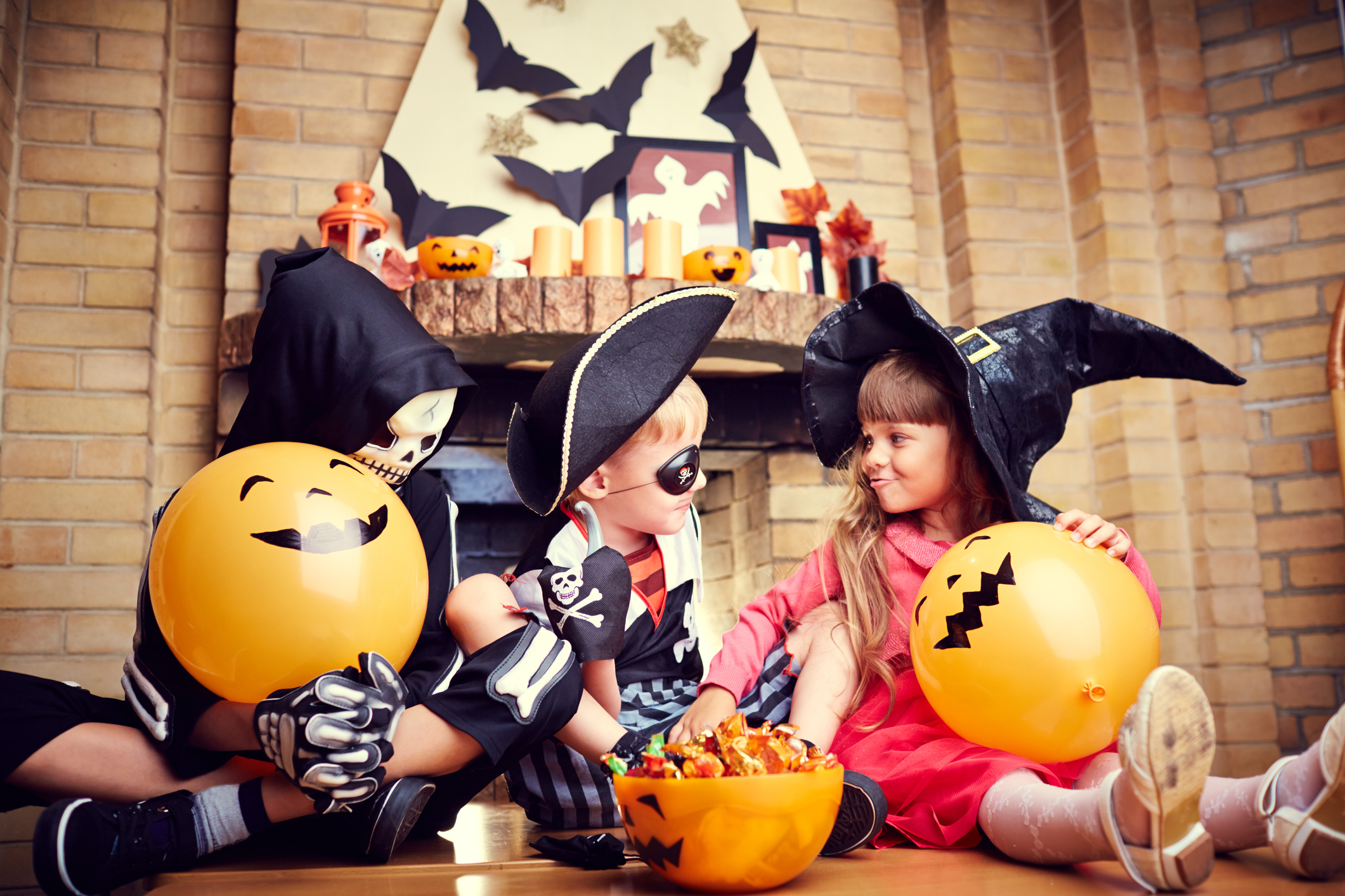 Kids Eating Halloween Candy | Prevent Dental Cavitites